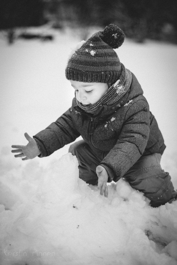 Kinderfoto schwarz-weiß